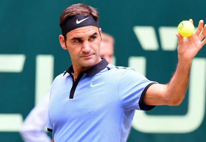 Federer logra por 13ª y séptima consecutiva el premio que reconoce a un jugador con la deportividad. (Contexto)