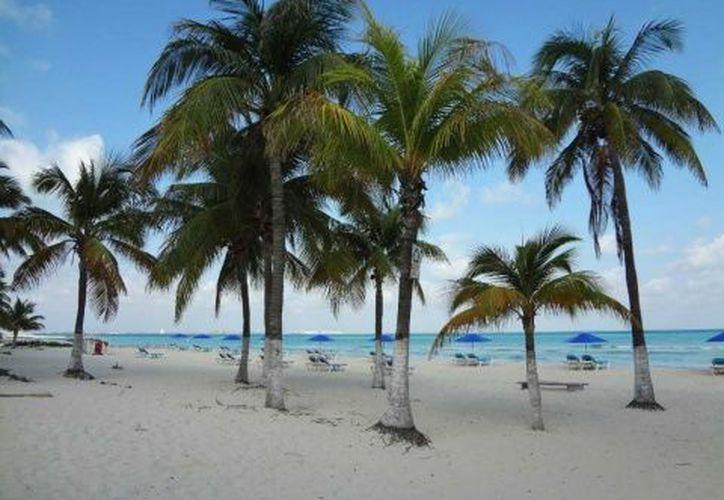 Playa Norte, en Isla Mujeres, se encuentra entre las nueve mejores playas del mundo, según el 'Traveller's Choice Playas 2019'. (TripAdvisor)