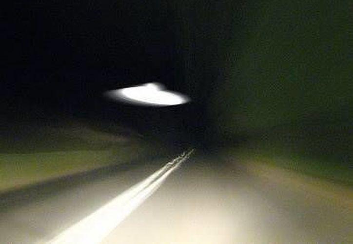 Muchos de los reportes de OVNIS son desde las carreteras. (Jorge Moreno/SIPSE)