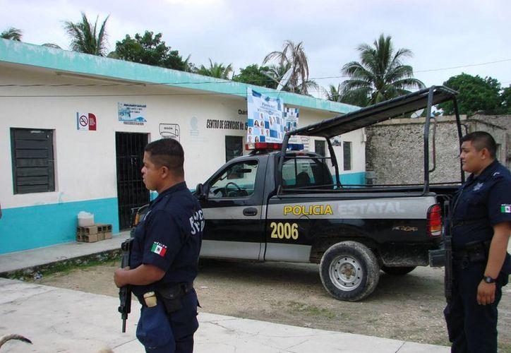 La nueva unidad realizará rondines en seis poblados, ayer, los elementos policíacos recibieron también el rol de recorridos que deberán de cumplir. (Manuel Salazar/SIPSE)