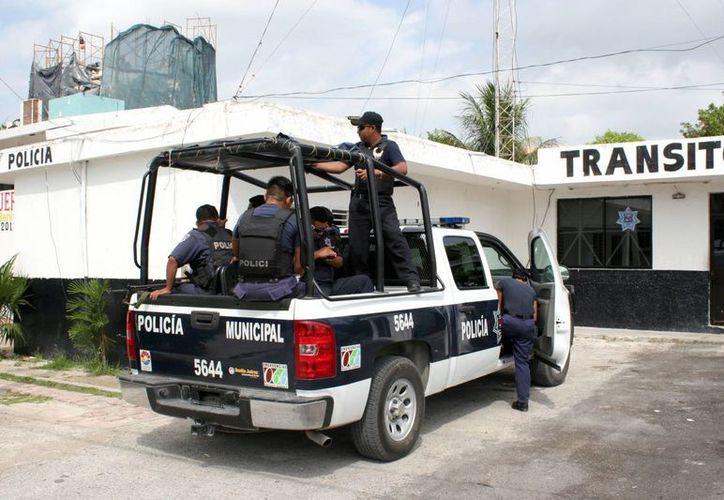 Aseguraron que se fortalecerá la presencia policíaca en Puerto Morelos y Alfredo V. Bonfil; no se dio a conocer cuántas patrullas o elementos policíacos se destinarán a estos sitios. (Tomás Álvarez/SIPSE)