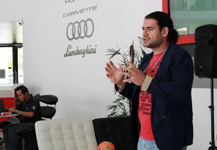 Durante la inauguración del Parque Tecnológico de Cancún (Tech Garaje) se realizaron diferentes presentaciones. (Yajahira Valtierra/SIPSE)