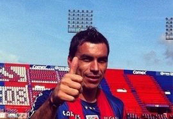 El chileno Esteban Paredes es uno de los goleadores del torneo. (Redacción/SIPSE)