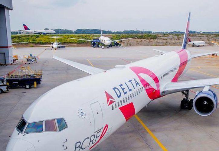 Delta Airlines celebró el 11 aniversario de su campaña de lucha contra el cáncer volando desde Nueva York a la Ciudad de México. (Facebook/Delta)