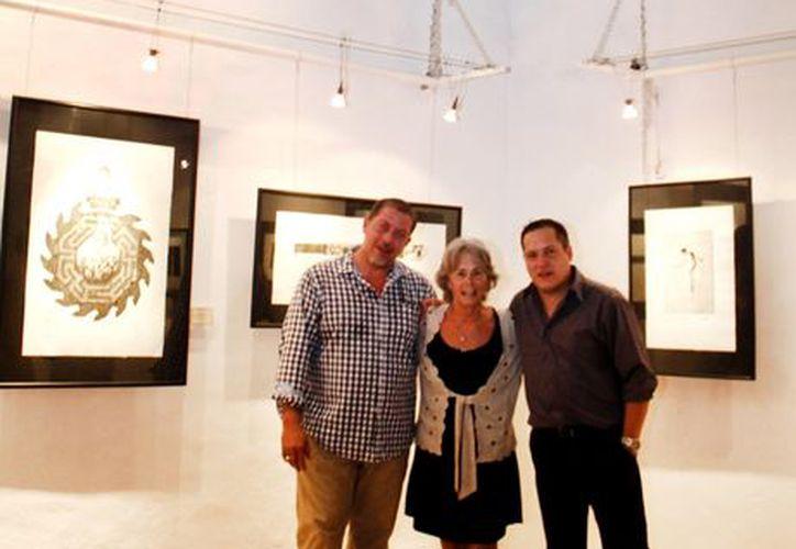 La exposición de grabado refleja la vida contemporánea de la isla. (Juan Carlos Albornoz/SIPSE)