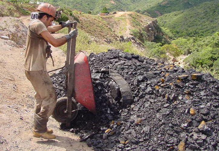 El uso del carbón para la producción de energía atraviesa por la posibilidad de desaparecer. (Foto: Contexto)