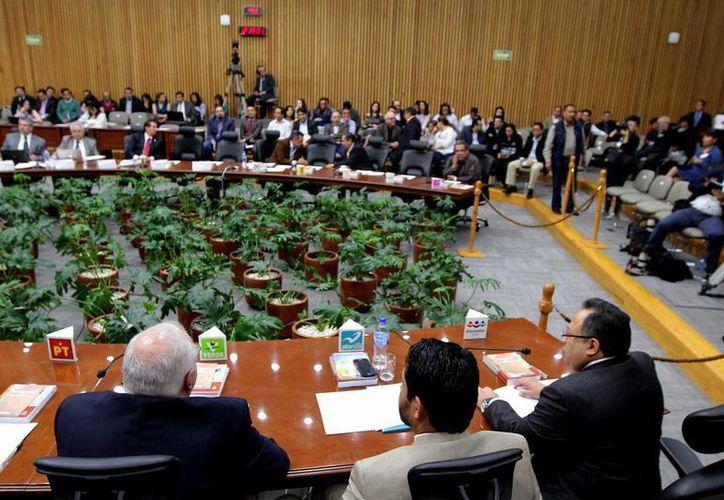 Los consejeros del INE destacaron la labor de Alfredo Cristalinas, ex titular de la Unidad de Fiscalización. (Notimex)