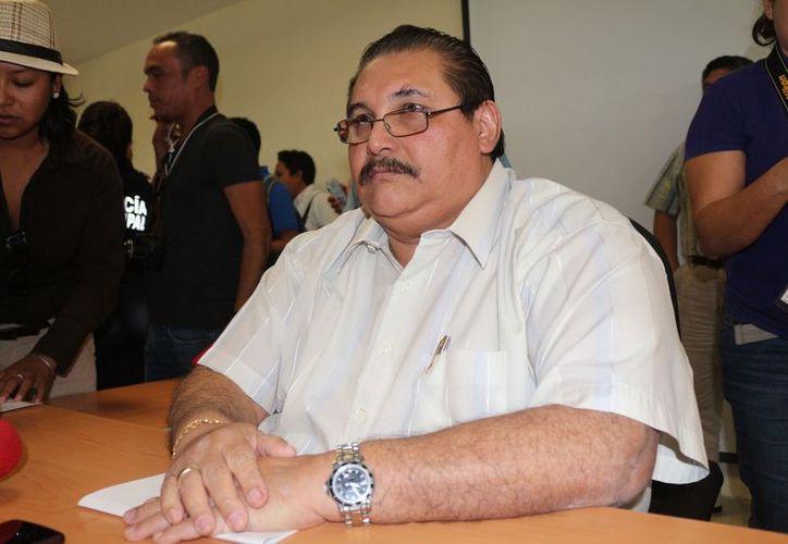 Miguel Ángel Pech Cen, el fiscal general del estado, aseguró que tienen información de exfuncionarios, a quienes les giraron órdenes de aprehensión.  (Foto: Adrián Barreto/SIPSE)