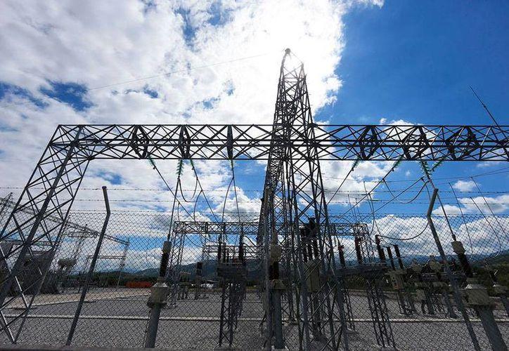 El sector secundario que comprende las actividades de la minería; generación, transmisión y distribución de energía eléctrica aumentó 1.8 por ciento. (Archivo/NTX)