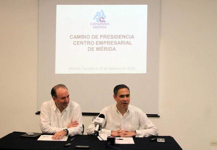 Gustavo Cisneros Buenfil (izq.) se estrenó al frente de la Coparmex. (Milenio Novedades)