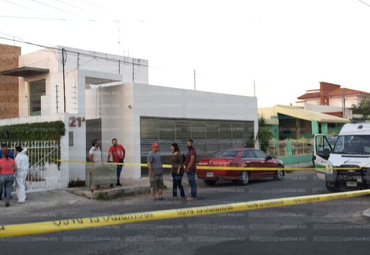 Esta tarde se registró el asesinato de Marco Aurelio Gutiérrez Vélez, exfuncionario municipal de Othón P. Blanco. (Claudia Martin/SIPSE)