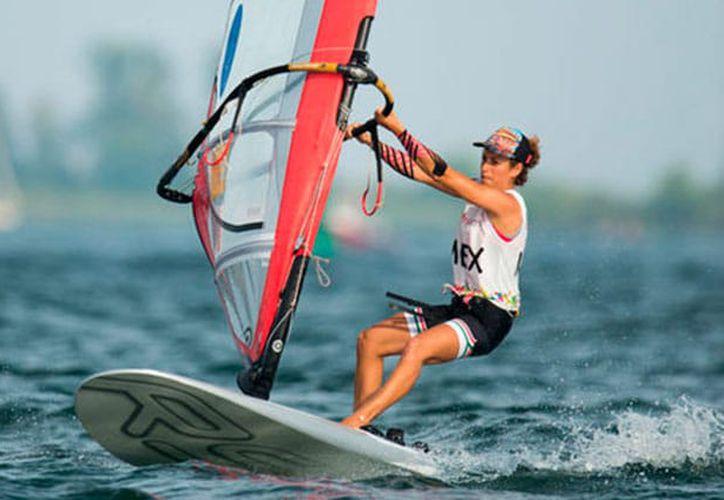 Demita Vega participa, al igual que Ignacio Berenguer, en la Quinta Copa Mundial de Vela, en Dinamarca, en busca de su clasificación a los Juegos Olímpicos de Tokio 2020.  (Cortesía)