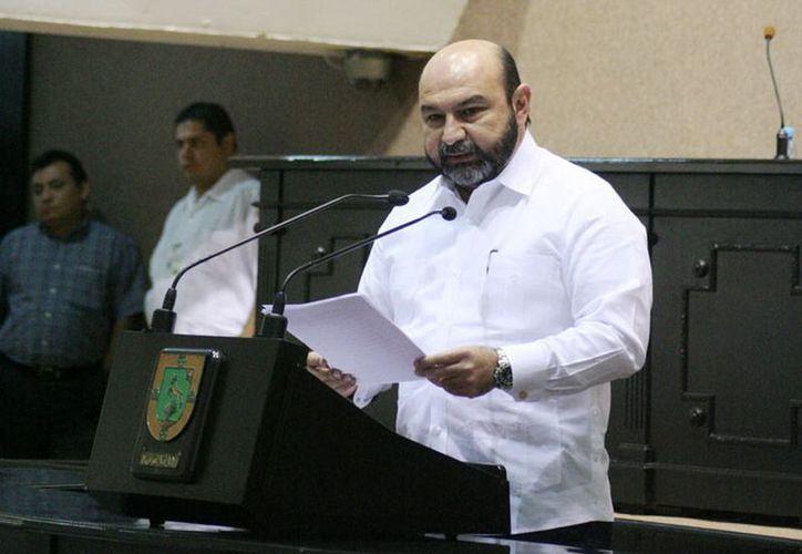 Hevia Jiménez confía en que el Legislativo avale el préstamo, de hasta 317 mdp, al Ejecutivo. (SIPSE)