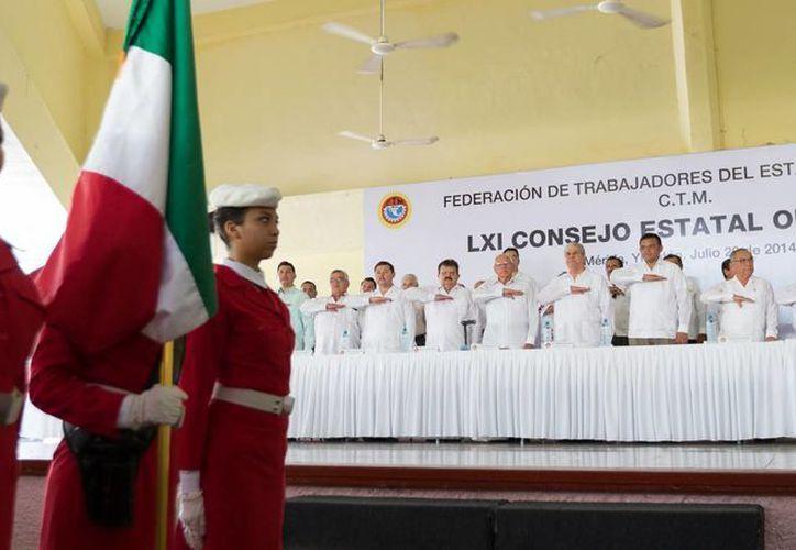 Imagen del LXI Consejo Estatal Ordinario de la Federación de Trabajadores del Estado de Yucatán. (Cortesía)