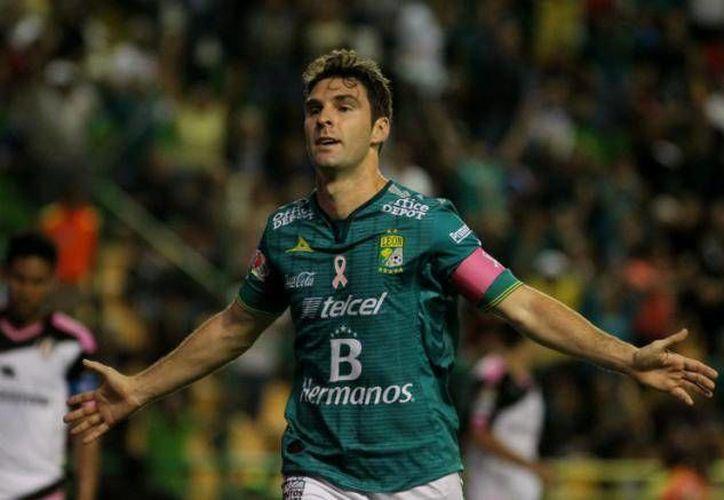 Mauro Boselli no viajó por lesión con los Panzas Verdes de León, quienes visitarán este miércoles a las Águilas del América en el juego de ida de los cuartos de final del Apertura 2015. (Archivo Mexsport)