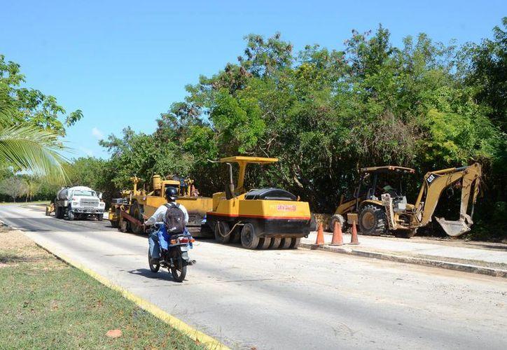 Las inconsistencias se detectaron en contratos de renta de maquinaria para obras inexistentes. (Foto: Eddy Bonilla)