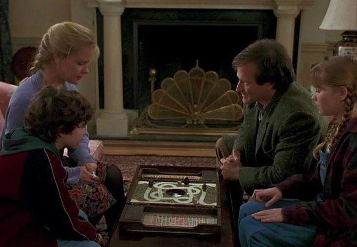 La célebre película 'Jumanji' de 1995 protagonizada por Robin Williams volverá a la pantalla grande con nuevos actores y director en una readaptación de la idea original, la foto corresponde a una escena del filme (drafthouse.com)