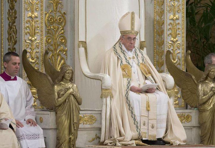 Francisco pidió prestar atención 'los unos a los otros'. (EFE)