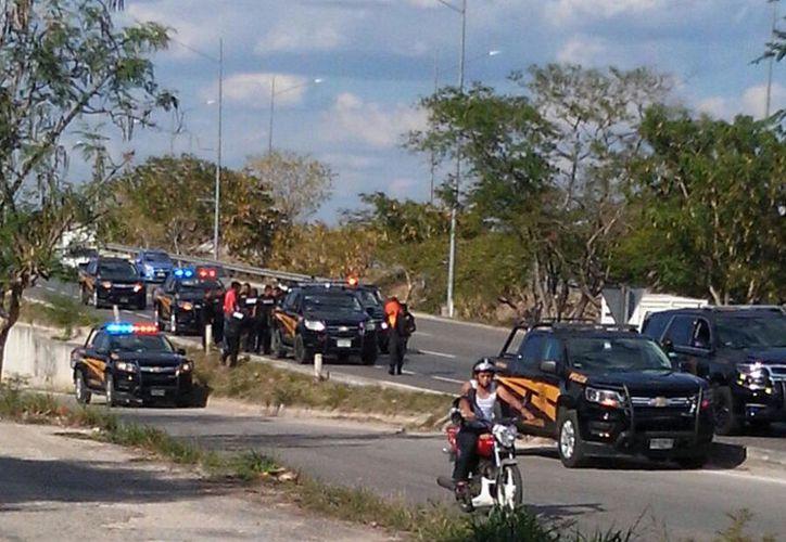 Fuerte movilización se llevó a cabo por el presunto robo de una motocicleta. (F. Zapata/SIPSE)