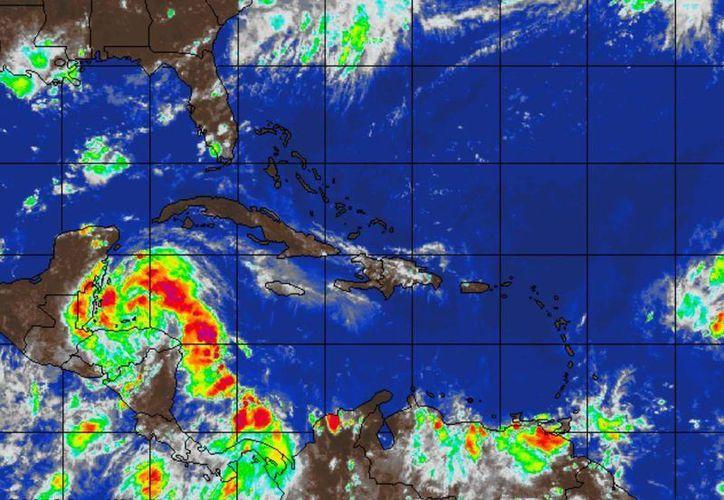 Afectará con lluvias las próximas 24 a 48 hora. (Redacción/SIPSE)
