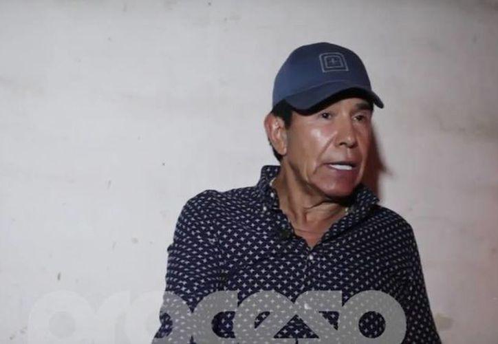 En la clandestinidad, tras 28 años de prisión y casi tres prófugo, Rafael Caro Quintero rompe el silencio. Estados Unidos ofrece una recompensa de 5 millones de dólares por su recaptura. (Captura de pantalla/Youtube)