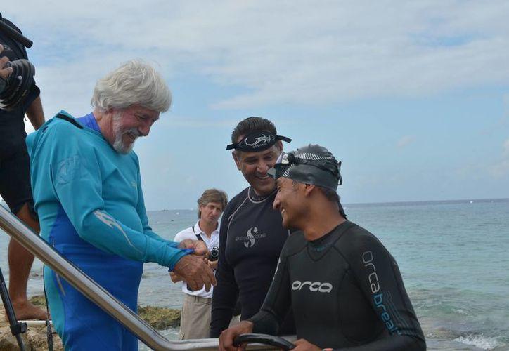 Jean-Michel Cousteau destacó la necesidad de mantener este festival que ha beneficiado a Cozumel. (Gustavo Villegas/SIPSE)