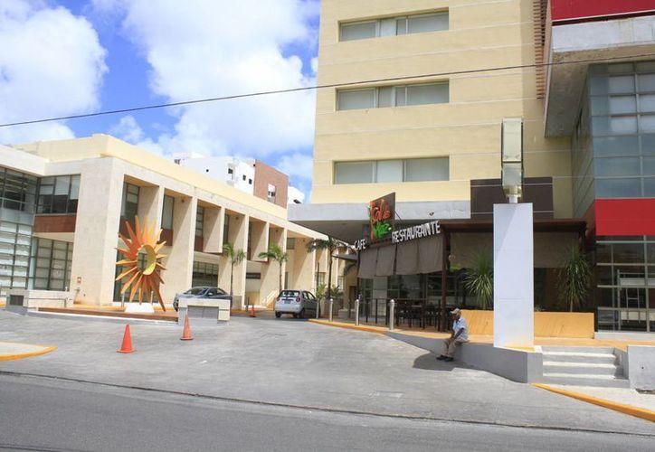 Los hoteles manejan diferentes precios de las habitaciones. (Sergio Orozco/SIPSE)