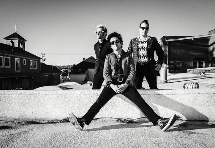 Green Day lanzará su nuevo sencillo el 11 de agosto. (Instagram)