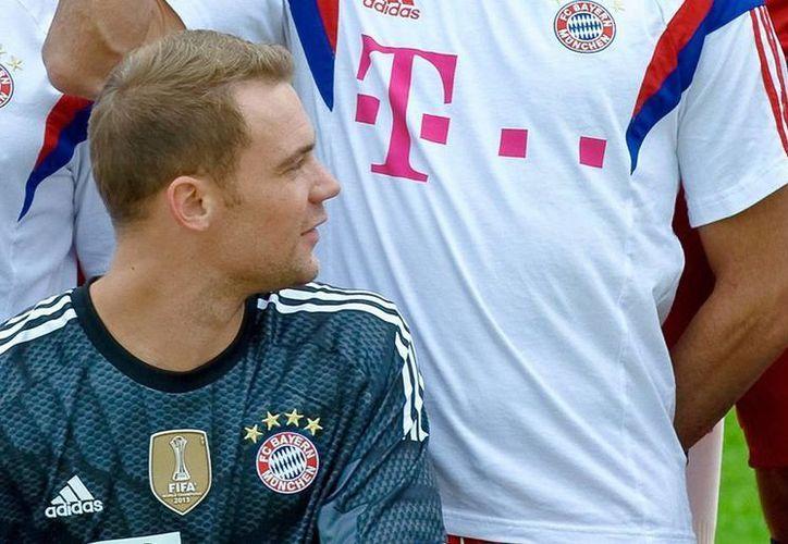 Es la segunda vez que Manuel Neuer, arquero de la selección y del Bayern Múnich gana la votación de la prensa especializada, tras haberlo logrado en 2011. (EFE/Archivo)