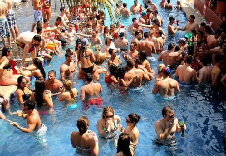 Los hoteles fomentan que los spring breakers hagan tours por el Estado durante su estancia. (Redacción/SIPSE)