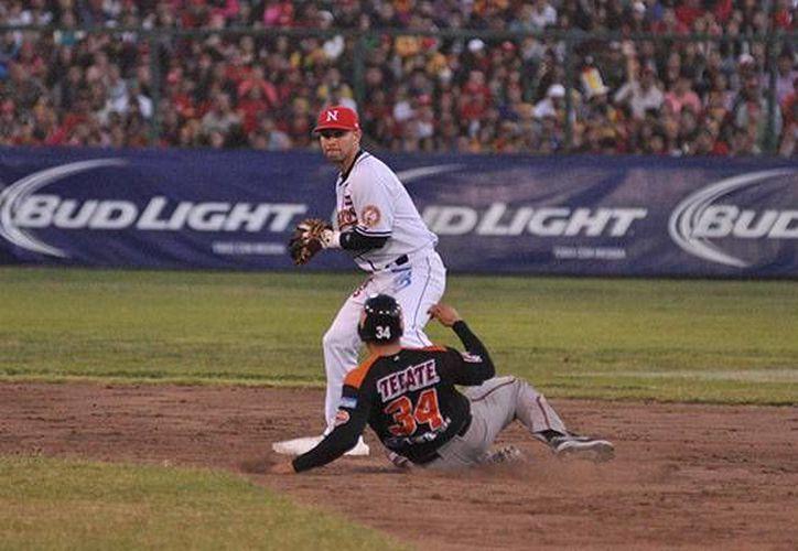 Cinco carreras en la primera entrada fueron decisivas en el nuevo triunfo de Naranjeros sobre Mayos. (ligadelpacifico.com.mx)