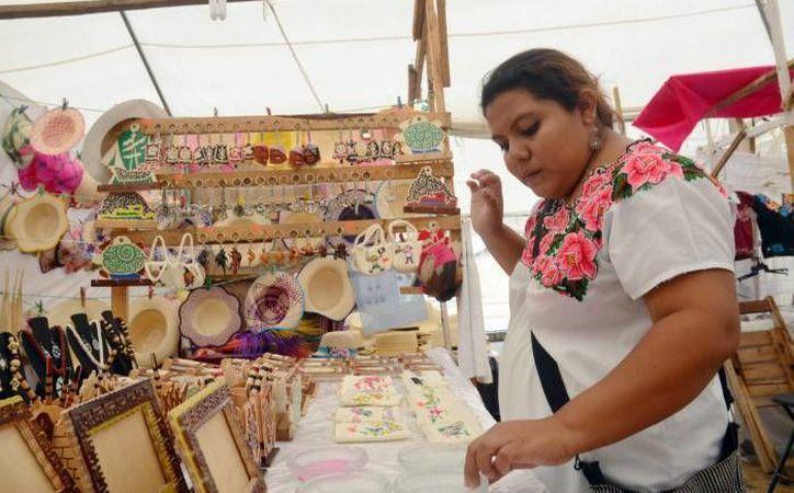 Muchos de los artesanos distinguidos por el Fonart son indígenas. (Milenio Novedades/Foto de contexto)
