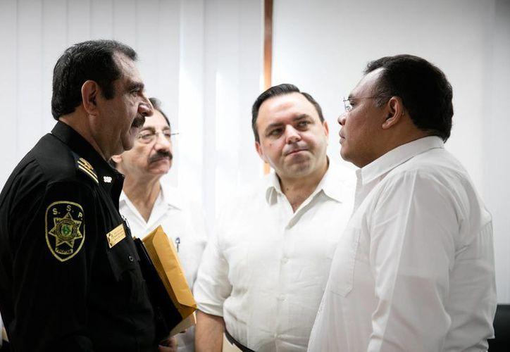 Este viernes fue instalado un Comité de Vigilancia del programa Escudo Yucatán. En los próximos días, la SSP presentará proyectos relacionados con la estrategia. (Foto cortesía del Gobierno)
