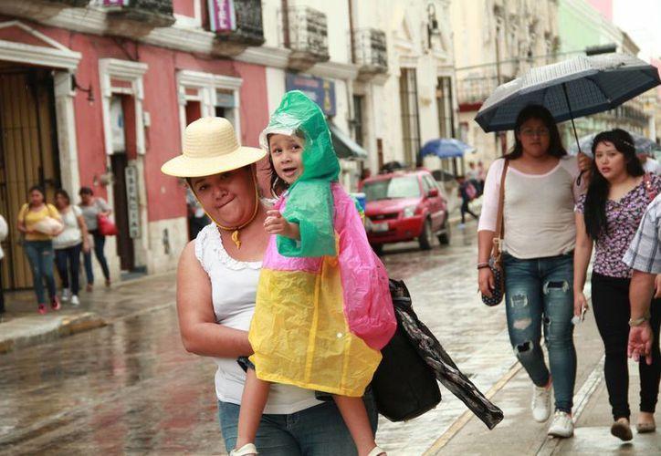 Para este fin de semana se pronostican lluvias de menor intensidad en Yucatán. (Jorge Acosta/Milenio Novedades)