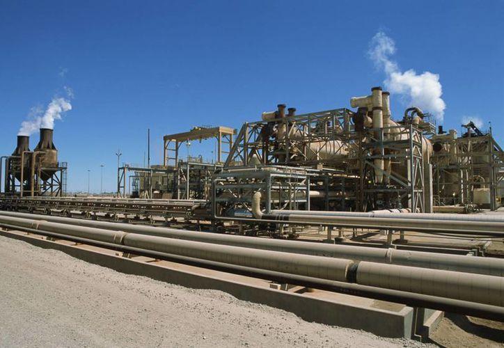 Estados Unidos será proveedor de la energía que requerirá la industria mexicana en los próximos años. (bluesourceenergy.com)