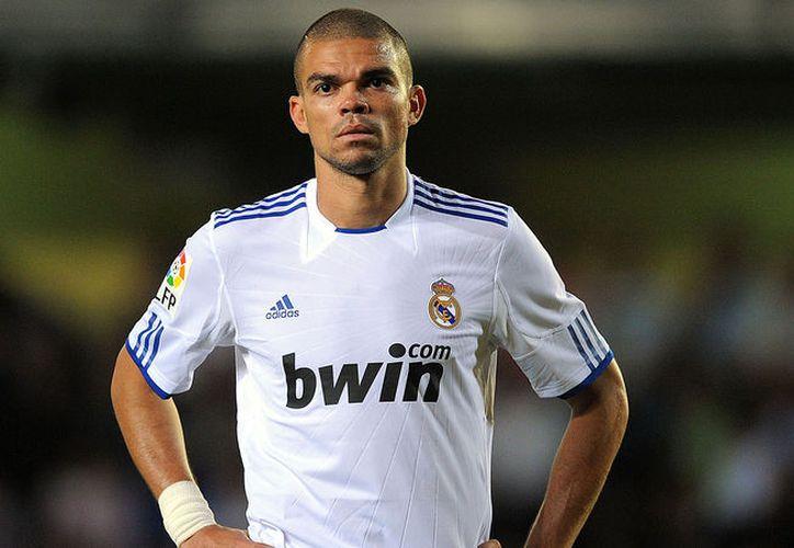 El central portugués Pepe confirmó a través de las redes sociales su marcha del Real Madrid. (Contexto/Internet).