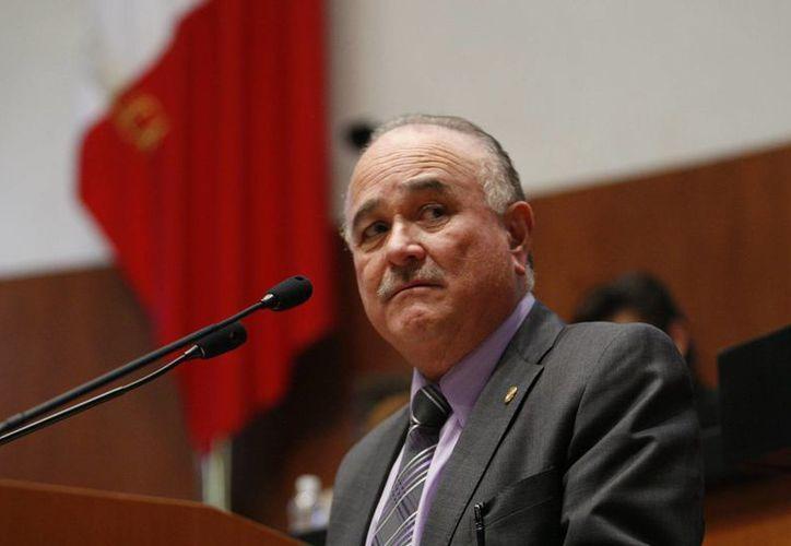El panista Ernesto Ruffo se convirtió en 1989 en el primer mandatario de Baja California proveniente de un partido diferente al PRI. (agenciadenoticiasslp.com)