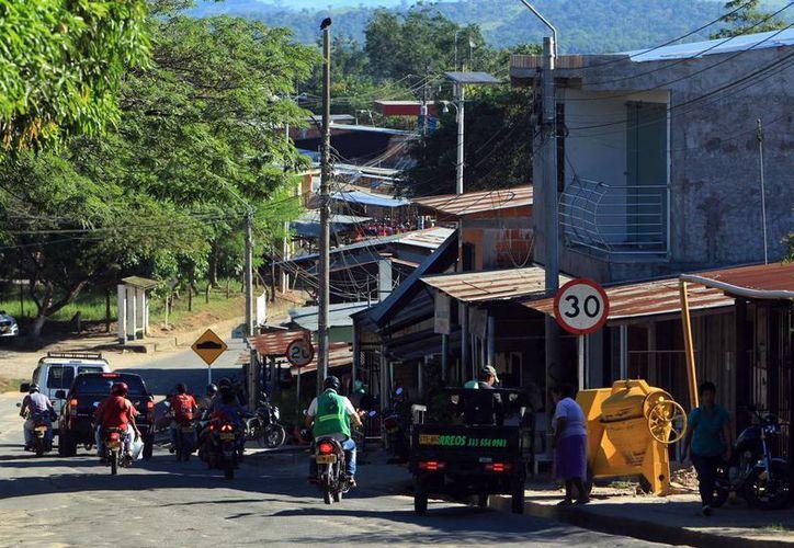Fotografía de una zona hoy, el viernes 16 de septiembre de 2016, en San Vicente del Caguán, Colombia. (EFE)