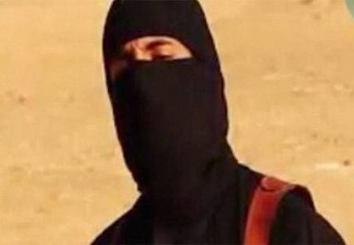 Se cree que el 'yihadista John' está cerca del lugar donde el Estado Islámico mantiene secuestrados a varios de sus rehenes procedentes de diferentes países occidentales. (AFP/actualidad.rt.com)