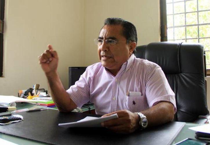 El dirigente estatal de la Croc, Pedro Oxté Conrado, destacó que los pagos de aguinaldo a empleados del sector industrial, que son superiores a los 15 días marcados por la Ley, obedece, entre otros factores, a la alta productividad de dichos trabajadores. (SIPSE)