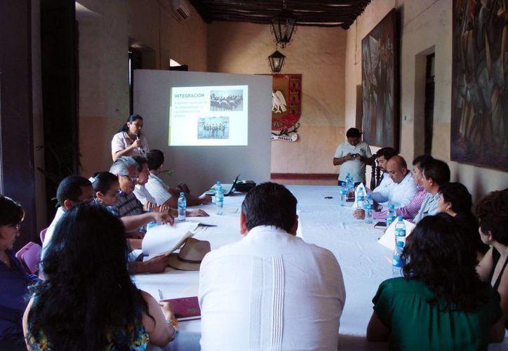 Aspecto de la reunión con alcaldes del oriente del estado para impulsar el esquema de prevención. (Cortesía)