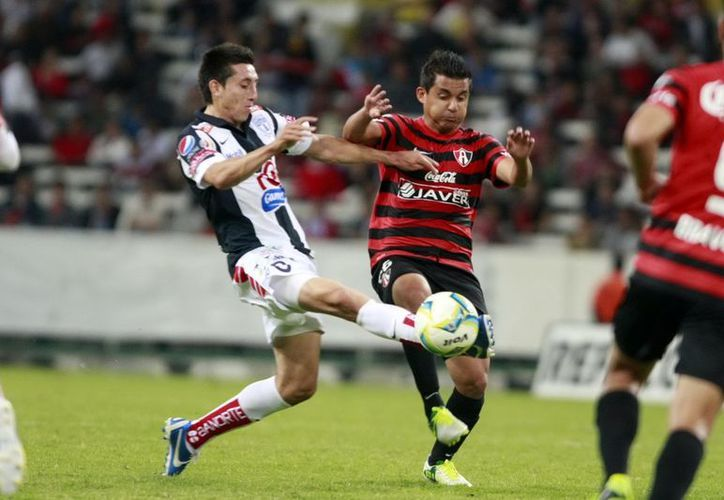 Los pupilos de Tomás Boy demostraron trabajo y dedicación, aunque Pachuca estuvo más cerca del gol en la primera media hora. (Notimex)
