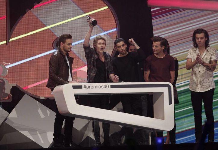 One Direction rompe récord de streaming con 'Drag Me Down', la foto corresponde a la entrega de los Premios Los 40 Principales, en Madrid. (Notimex)