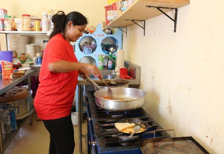 El Club Rotario prevé instalar un comedor comunitario más en Playa del Carmen. (Adrián Barreto/SIPSE)