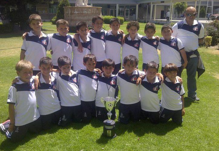 El equipo del Colegio Montejo no pudo llegar a la final de Niños Héroes. (Marco Moreno/SIPSE)
