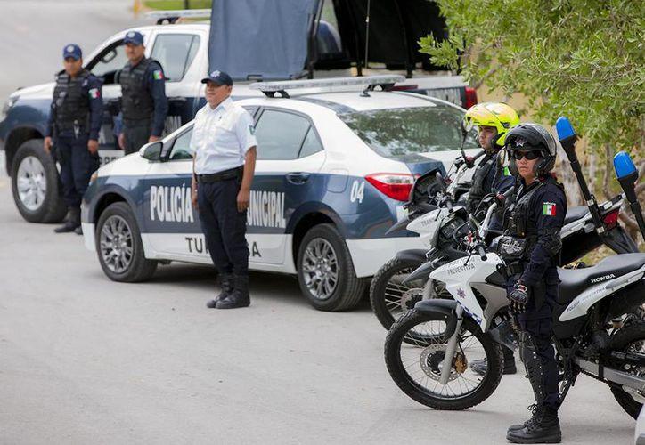 Se adquirieron patrullas y motopatrullas para equipar a la corporación. (Cortesía)
