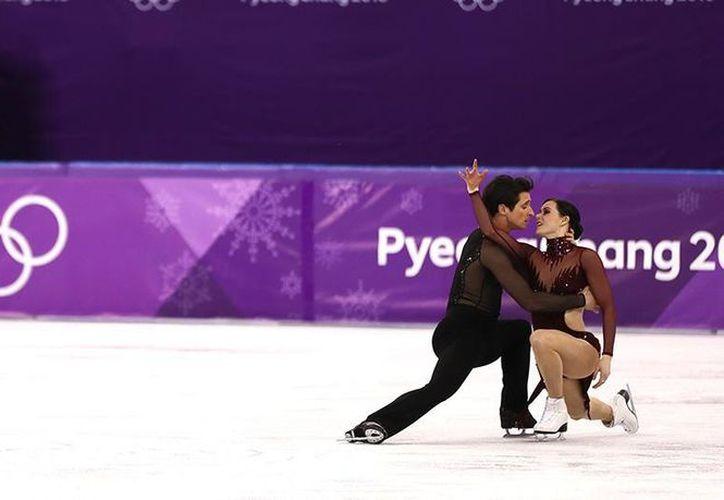 La pareja realizó una rutina libre impregnada de dramatismo. (peru.com)