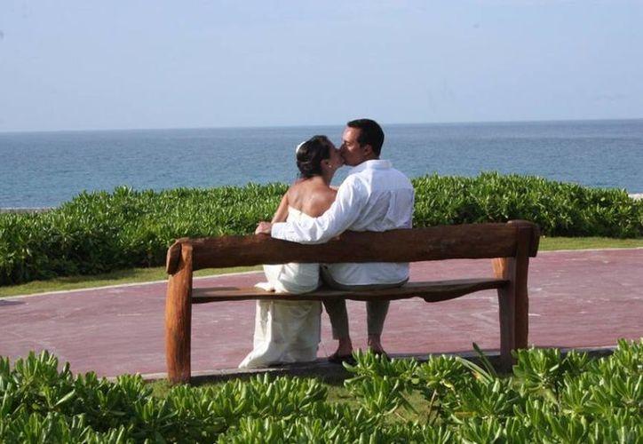 Afinan detalles para las bodas colectivas en Isla Mujeres