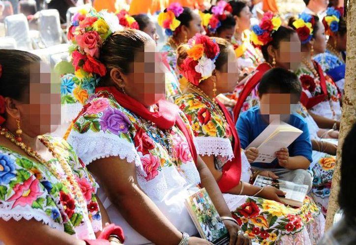 Ayer se celebró el vigésimo aniversario del Día Internacional de los Pueblos Indígenas. Según una encuesta, la mayoría de la población yucateca tiene origen maya. (Milenio Novedades)