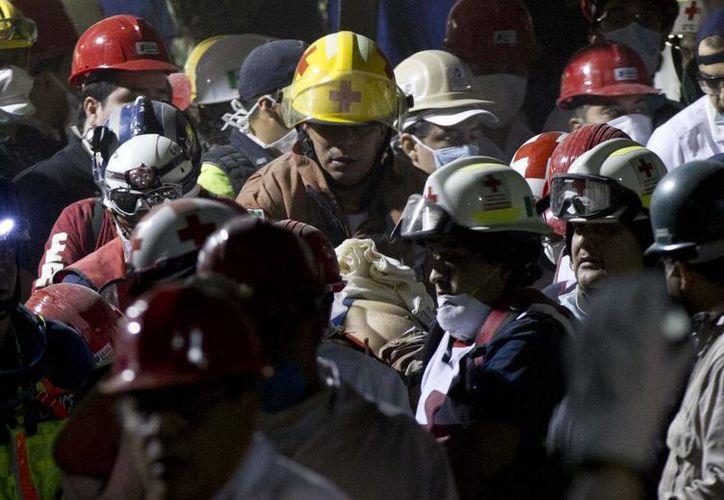Labor de rescate. (Agencias)